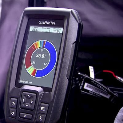Showing the water depth menu of the Garmin Striker 4